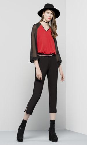 Trousers in crepe textile